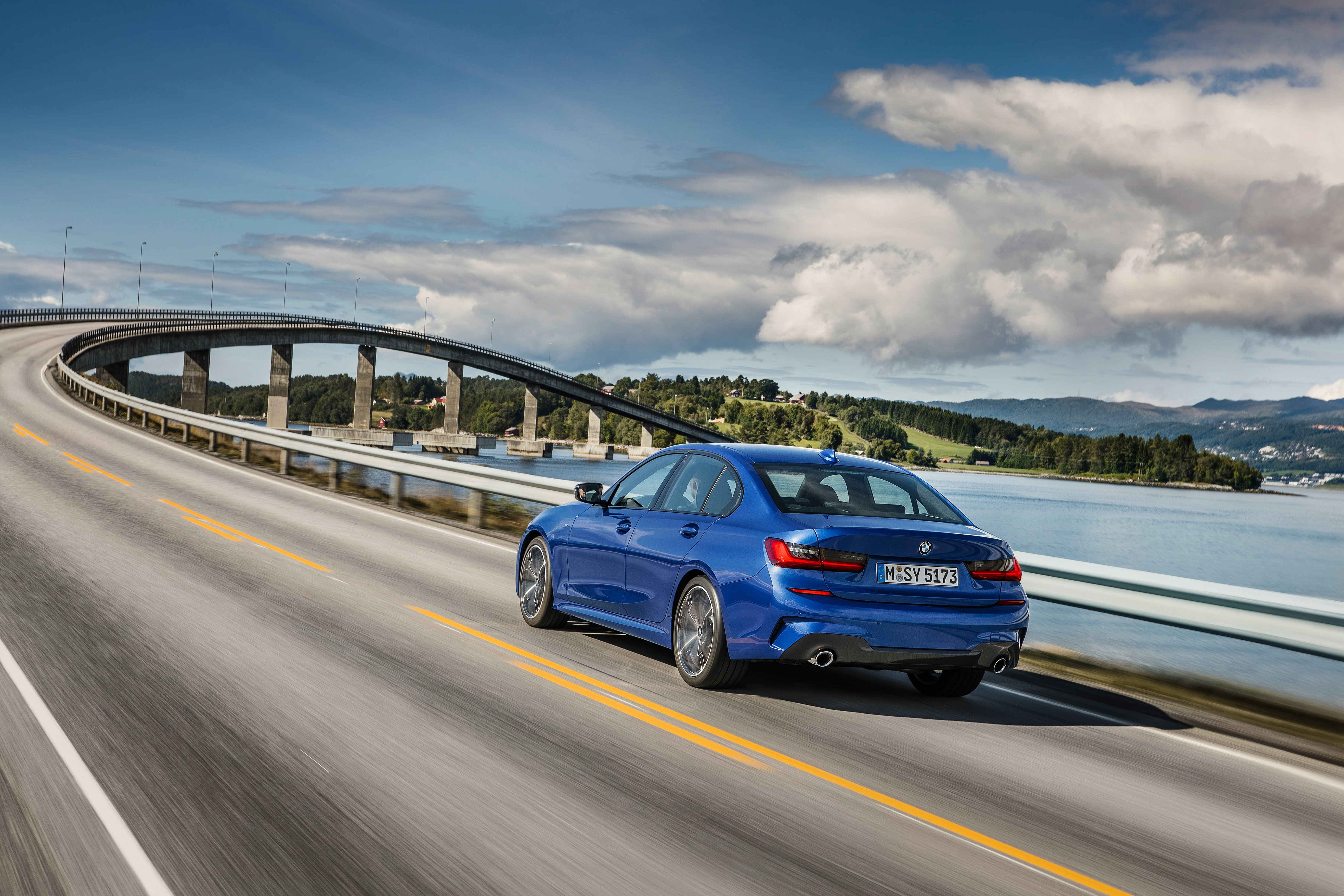 A first look at the new BMW 3 series – with awesome tech