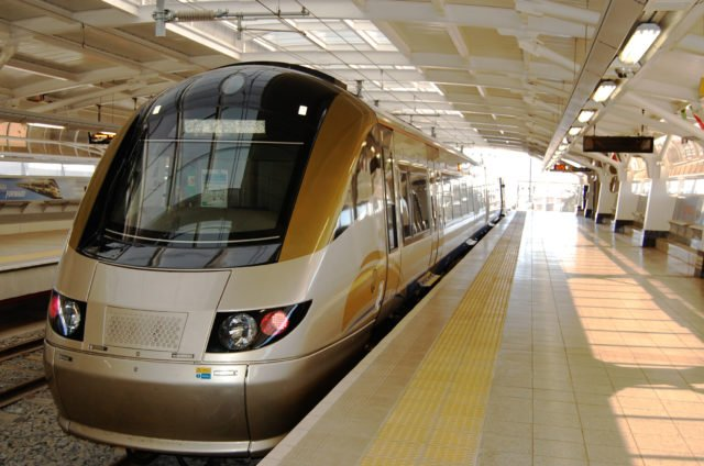 Taxpayers to fork out for Gautrain expansion - BusinessTech